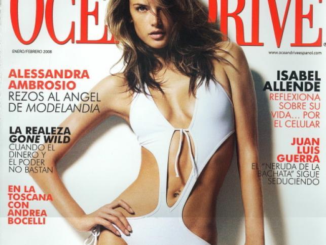 """Hiszpański """"Ocean Drive"""" z lutego, a w nim Alessandra Ambrosio"""