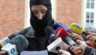 Policjant Krzysztof O. wygłasza oświadczenie