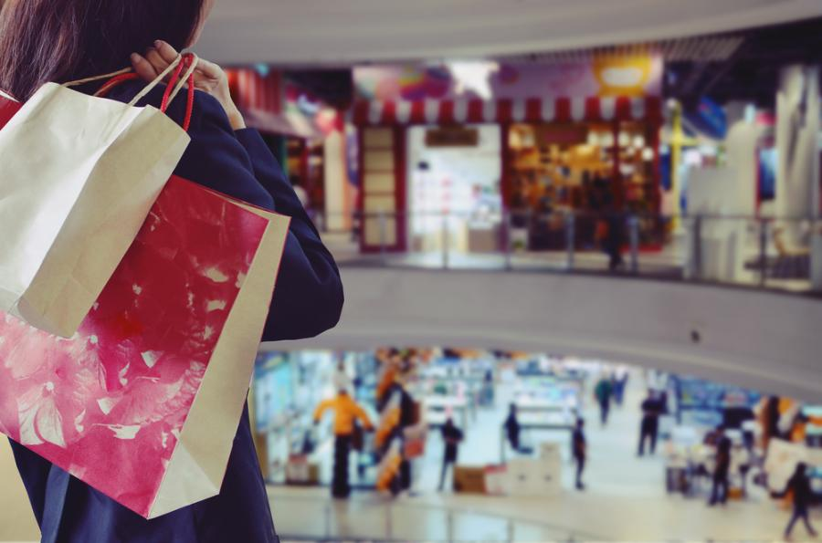 Przez ostatnie trzy dekady Polacy przyzwyczaili się do robienia zakupów w niedziele