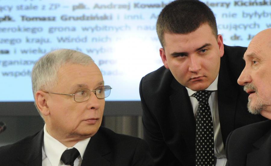 Jarosław Kaczyński i Bartłomiej Misiewicz
