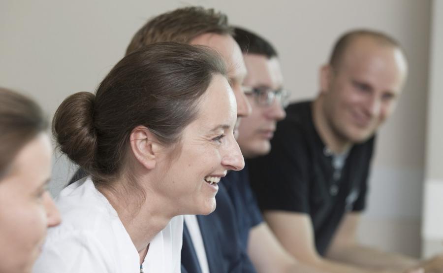 Doktor Dorota Kamińska podczas konferencji prasowej we Wrocławiu