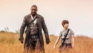 """Idris Elba w filmie """"Mroczna wieża"""""""