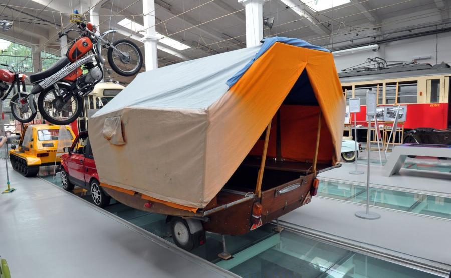 Przyczepka namiotowa tramp 66 z 1966 roku