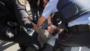 Policja kontra demonstranci