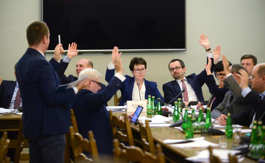 Komisja Nadzwyczajna