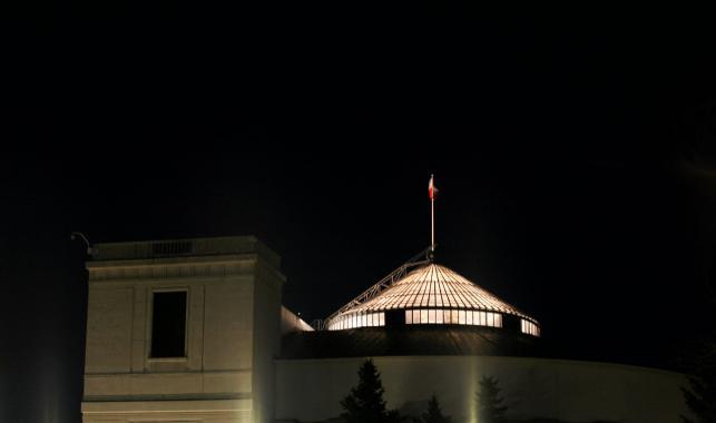 Sejm nocą