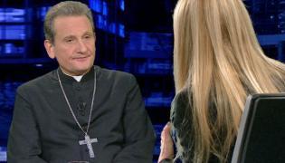 Biskup Rafał Markowski w rozmowie z Moniką Olejnik