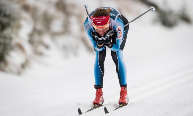 Chwila grozy Justyny Kowalczyk. W trakcie biegu pod narty wpadł jej pies [FOTO]