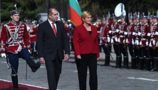 Prezydent Chorwacji Kolinda Grabar-Kitarovic i prezydent Bułgarii Rumen Radev