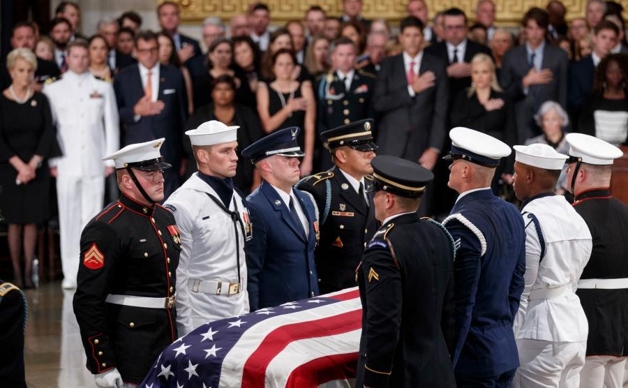 Pożegnanie Johna McCaina