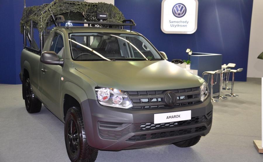 Wojskowy Volkswagen Amarok z pojedyńczą kabiną