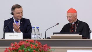 Prezydent RP Andrzej Duda i Przewodniczący CCEE kardynał Angelo Bagnasco podczas obrad Zebrania Plenarnego Rady Konferencji Episkopatów Europy