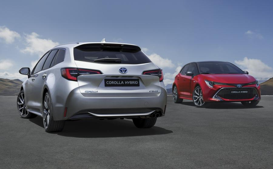 Toyota Corolla Hatchback i Corolla Touring Sports (kombi)