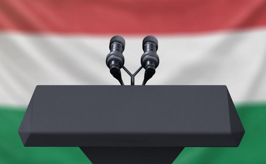 Media na Węgrzech, zdjęcie ilustracyjne.