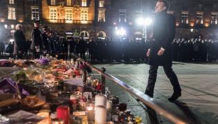 Emmanuel Macron na miejscy tragedii