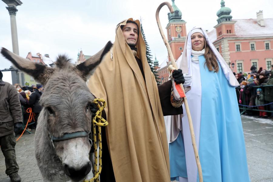 Orszak Trzech Króli przeszedł ulicami Warszawy (11)