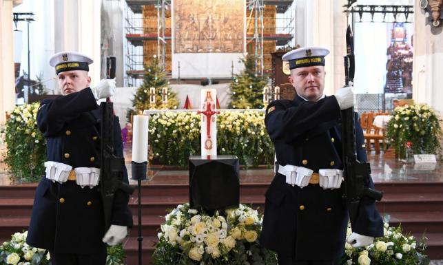 Neumann: Zabójstwo Pawła Adamowicza to mord polityczny. Prezydencki minister: Niektóre wypowiedzi idą za daleko
