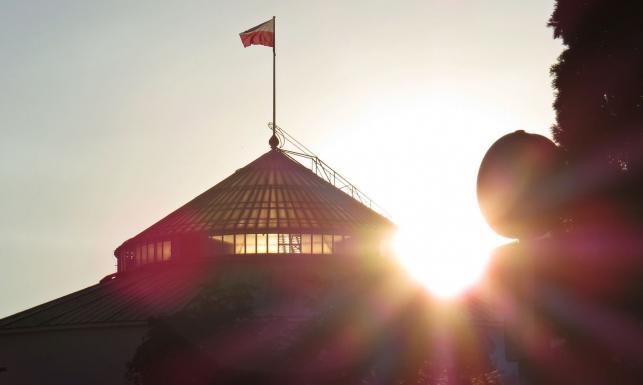 PiS rządzi w Sejmie, opozycja w Senacie. Czy to dobre dla Polski? [SONDAŻ]