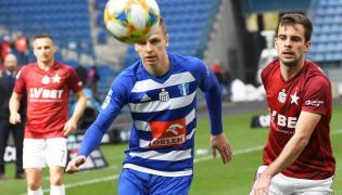 Zawodnik Wisły Kraków Marcin Grabowski (P) i Mateusz Szwoch (C) z Wisły Płock w meczu grupy spadkowej piłkarskiej Ekstraklasy