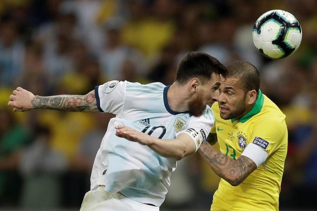 Dani Alves i Lionel Messi