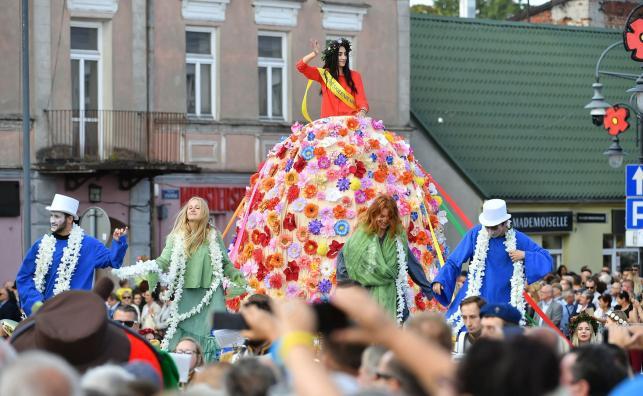 Święto kwiatów owoców i warzyw w Skierniewicach