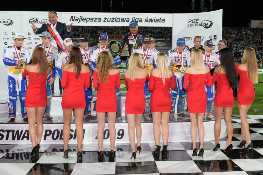 Żużlowcy Fogo Unii Leszno na najwyższym stopniu podium drużynowych mistrzostw Polski