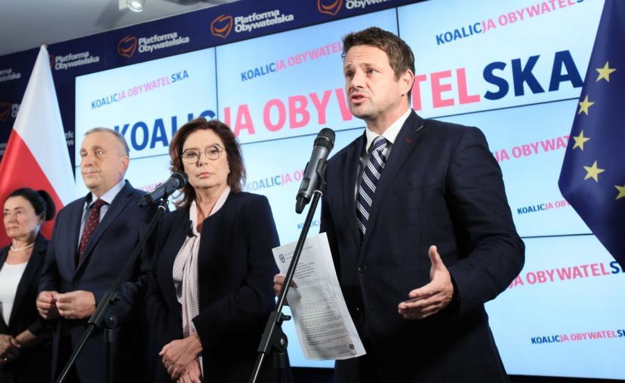 Lider PO Grzegorz Schetyna, prezydent Warszawy Rafał Trzaskowski  i wicemarszałek Sejmu Małgorzata Kidawa-Błońska