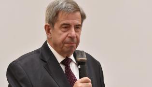 Andrzej Zoll