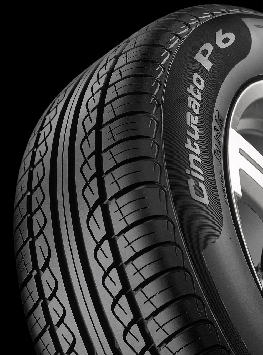 Symetryczna opona Pirelli Cinturato P6