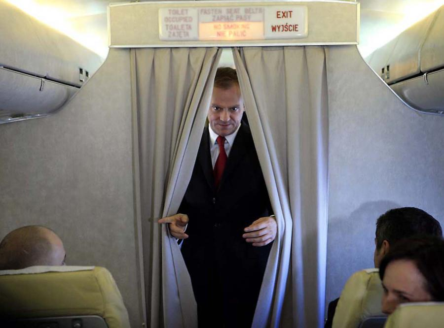 Tusk poleci rejsowym samolotem do Busha