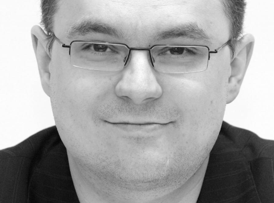 Piotr Gursztyn w DZIENNIKU: Bóg równo rozdzielił głupotę
