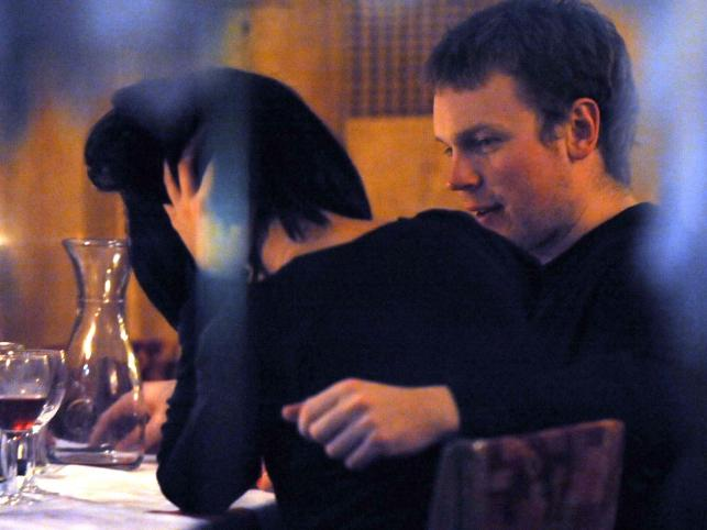 Michał Tusk cały wieczór obejmował swoją narzeczoną