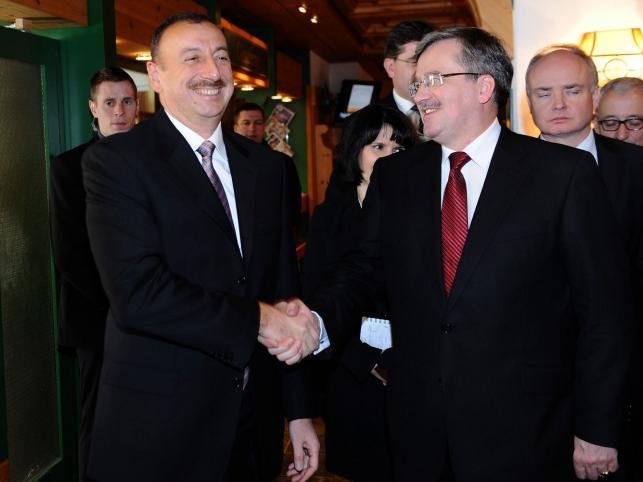 Prezydent Bronisław Komorowski spotyka się z prezydentem Azerbejdżanu Ilhamem Alijewem