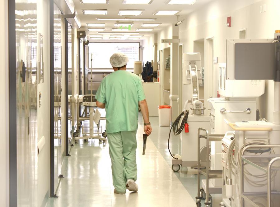Zadłużone szpitale stoją pod ścianą