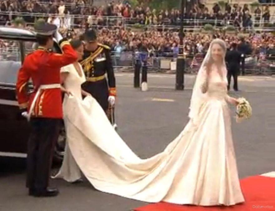 Na ślubie Kate Middleton sensację wzbudziła jej siostra Pippa, a konkretniej - jej pupa