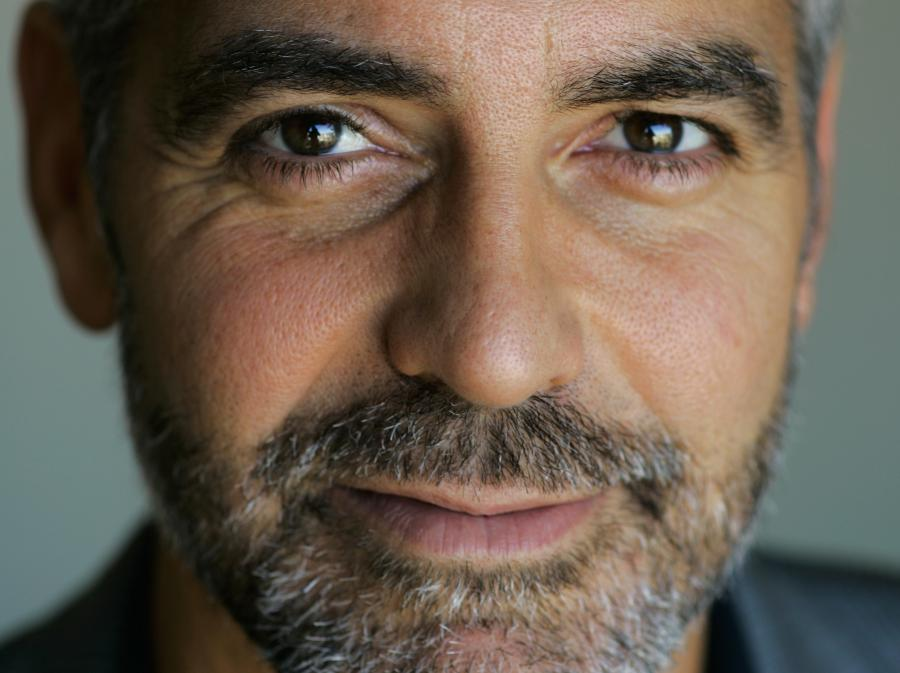 Clooney poszukuje kochanka żony