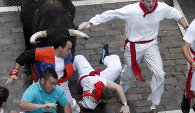 Czterech rannych w gonitwie z bykami w Pampelunie