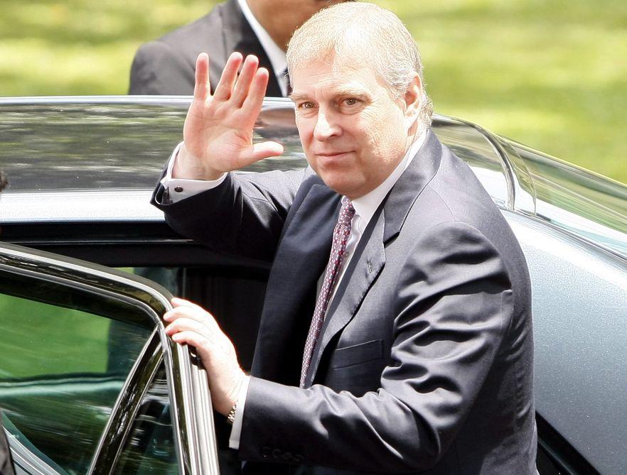 Książę Andrzej już nie będzie promował handlu ani siebie