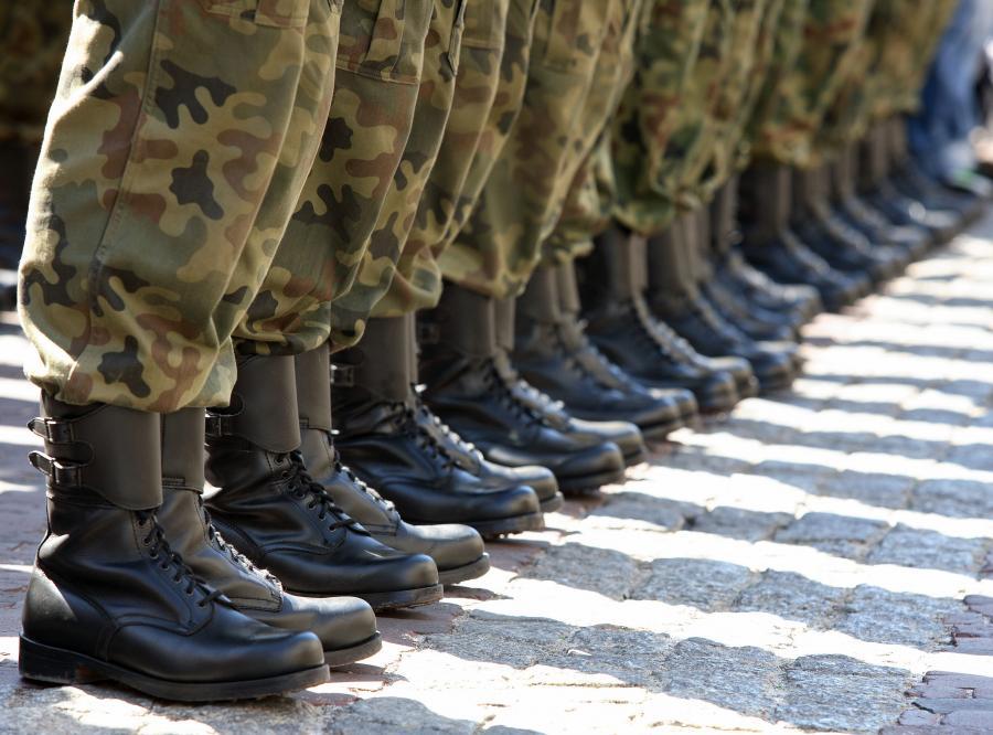 Wojsko szuka przystojniaków
