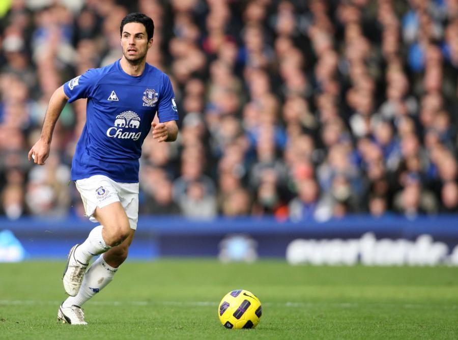 0501cbe3f Piłkarz reprezentacji Izraela Yossi Benayoun i Hiszpan Mikel Arteta w  ostatnich godzinach okienka transferowego dołączyli do Arsenalu Londyn.