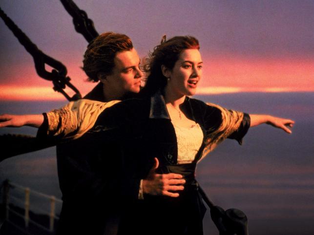 Kate i Leo diCaprio na dziobie Titanica