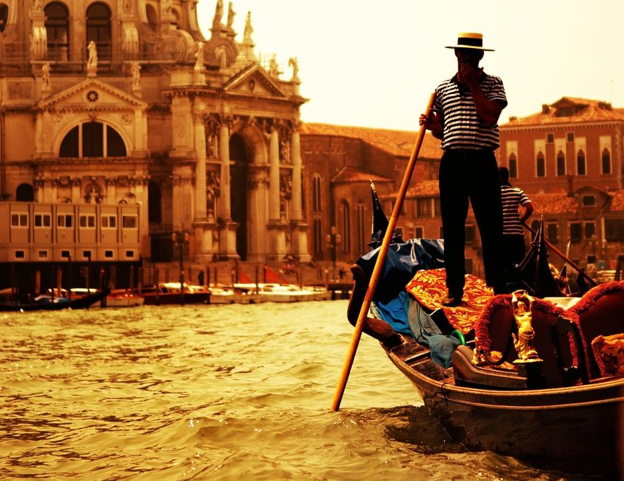 Za pobyt w niektórych hotelach we Włoszech można płacić w naturze