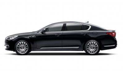 Kia K9 - to czterodrzwiowe auto pojawi się w sprzedaży już w połowie 2012