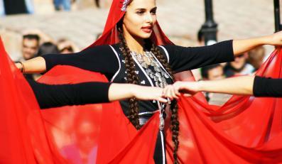 Tancerki w Tbilisi
