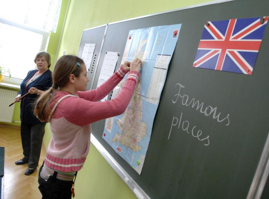 W regionie kujawsko-pomorskim stare tablice znikną. Nowe będą sterowane z laptopa.