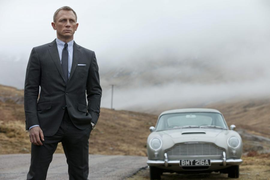 Daniel Craig jako Bond, James Bond