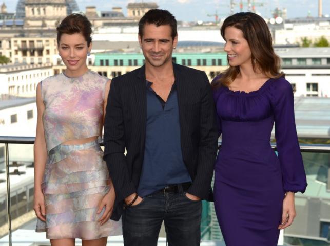 """Jessica Biel i Kate Beckinsale oraz Colin Farrell  na premierze filmu """"Pamięć absolutna"""" w Berlinie"""