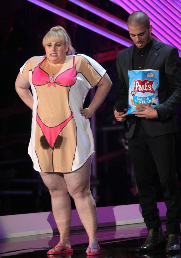 Rebel Wilson i Max George z grupy The Wanted na gali MTV VMA