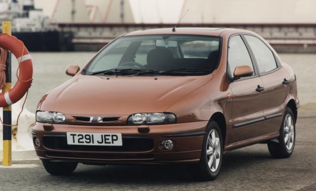 Fiat bravo/brava (na zdjęciu) - 69. miejsce w kategorii aut 10-11 letnich