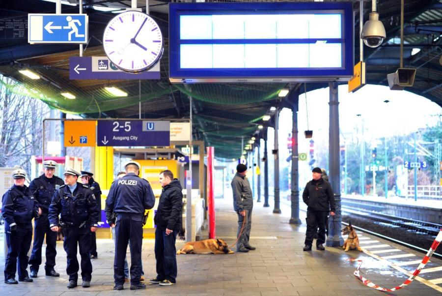 Bomba na dworcu w Bonn